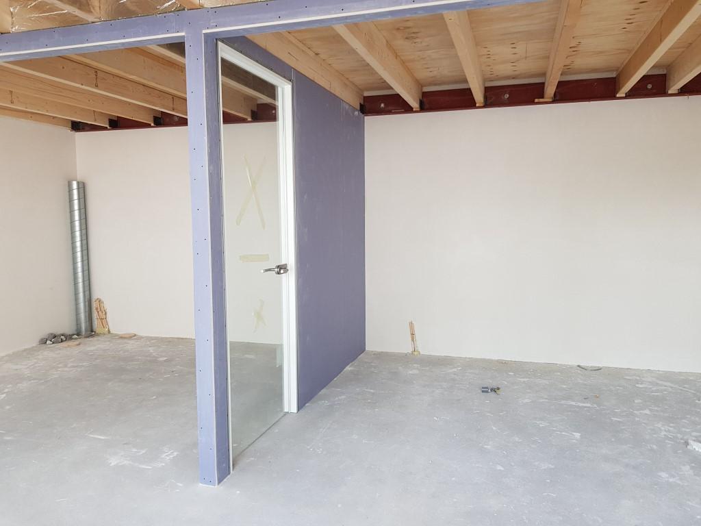 20180500_nieuw interieur kantoor studio stoel (3)