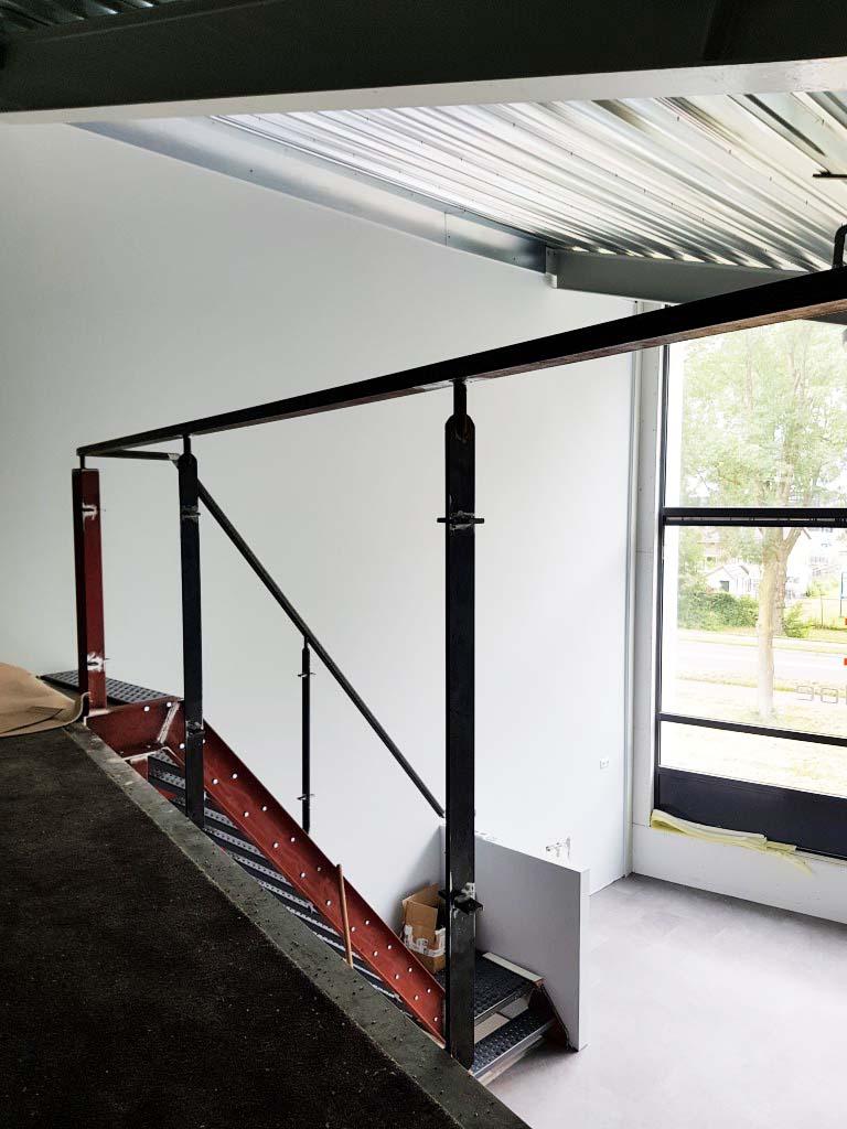 20180500_nieuw interieur kantoor studio stoel (5a)